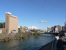 реки в Японии
