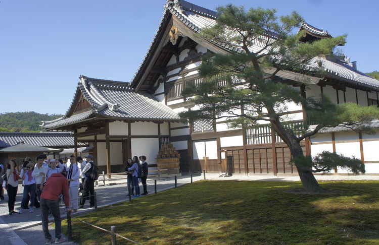 Храм оленьего сада